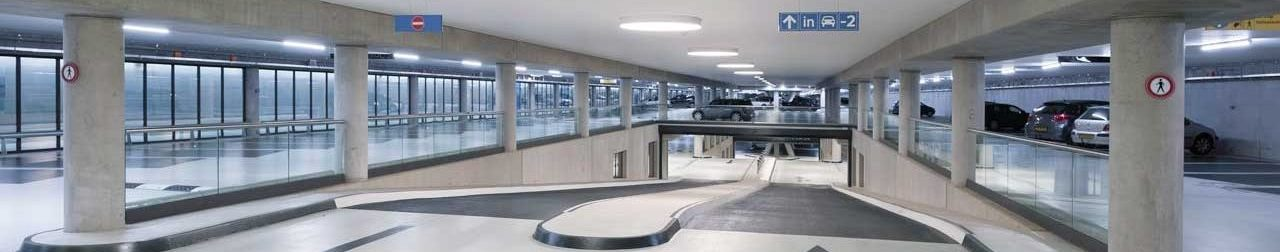 betoncoating met antislipzones in parkeergarage