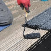 Grove anti slip coating op houten vlonder