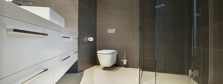 Betonlook in de badkamer | Overzicht Kosten & Zelf Doen - Coating.nl