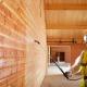 Brandwerende coating voor hout aanbrengen